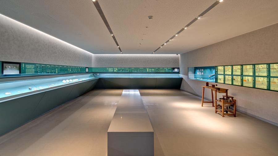 震旦博物馆 三楼古器物学研究玉器展厅