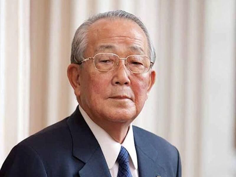 日本企业经营之圣、京瓷和KDDI创办人稻盛和夫